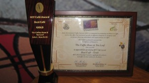 The Coffee Bean & Teal Leaf wins the Best Cafe in India award.